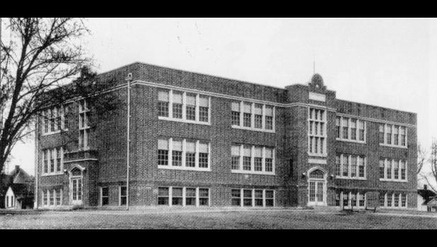 Hamilton High School Photo from 1920